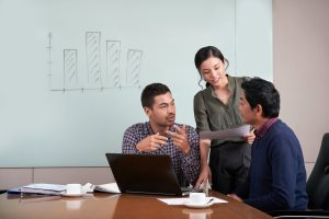 4 Ways To Create A Winning Sales Team